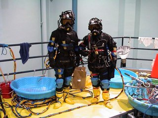 Industrial_Divers