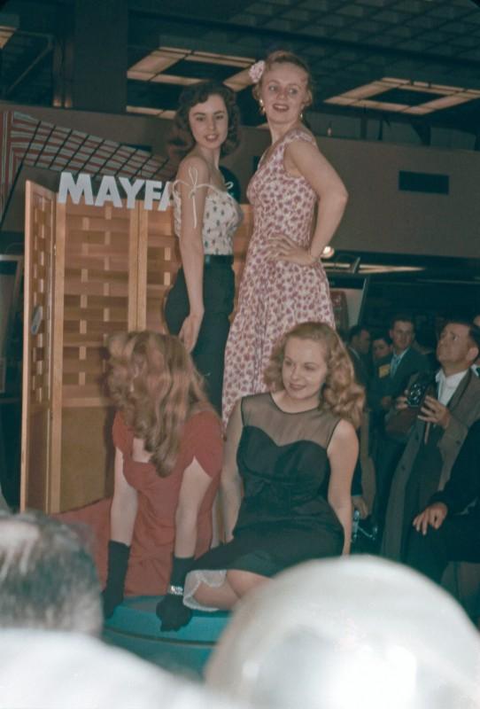 camerashowmodels1950skodachrome-1