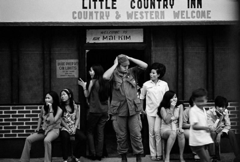 vietnamese-bar-girls-4