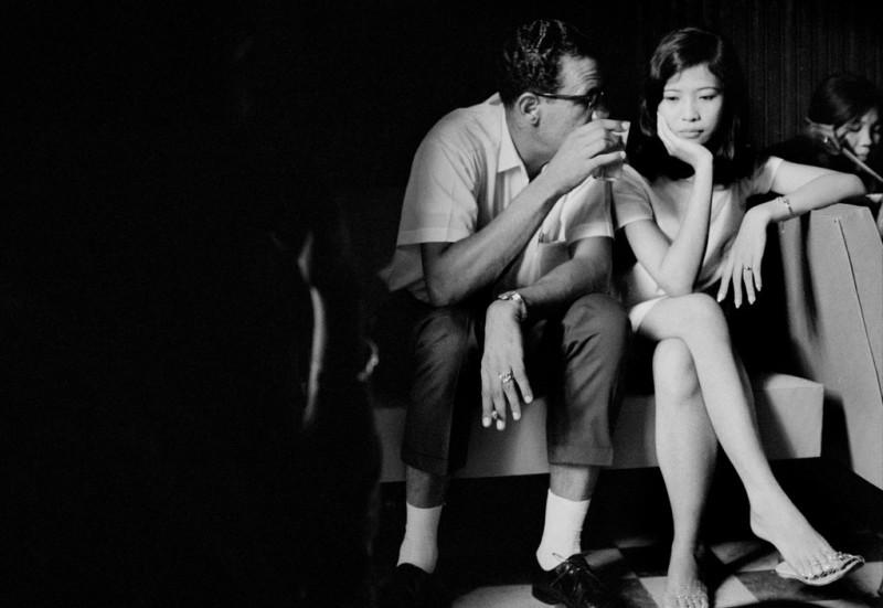 vietnamese-bar-girls-16