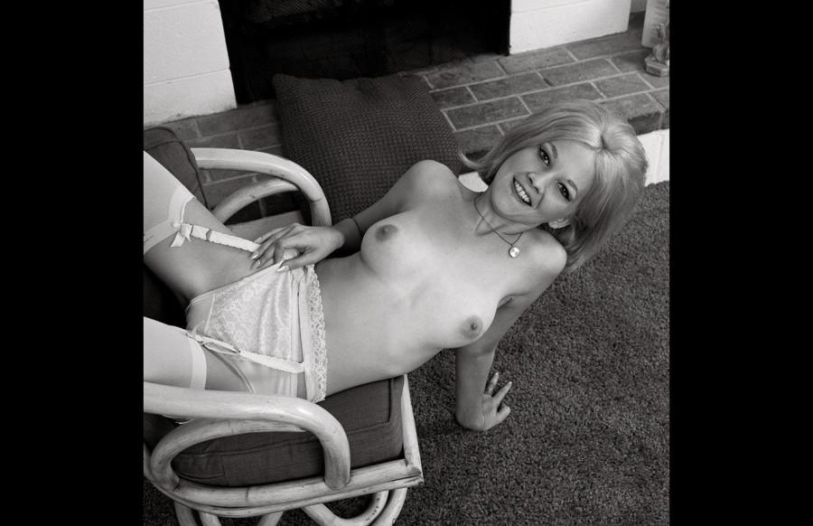 1965singles7_2048x2048