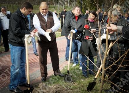 Міністр екології і природних ресурсів Злочевський.
