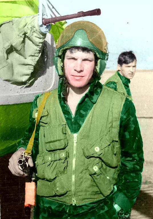 летчик оператор лейтенант Штинов