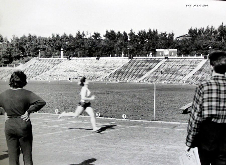 стадион ленина