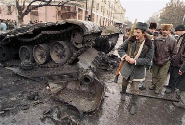 Минобороны подтвердило ранение двоих солдат во время боя под Славянском - Цензор.НЕТ 5467
