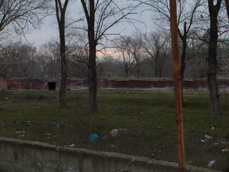 В прошлом здесь был парк, а ныне свалка.