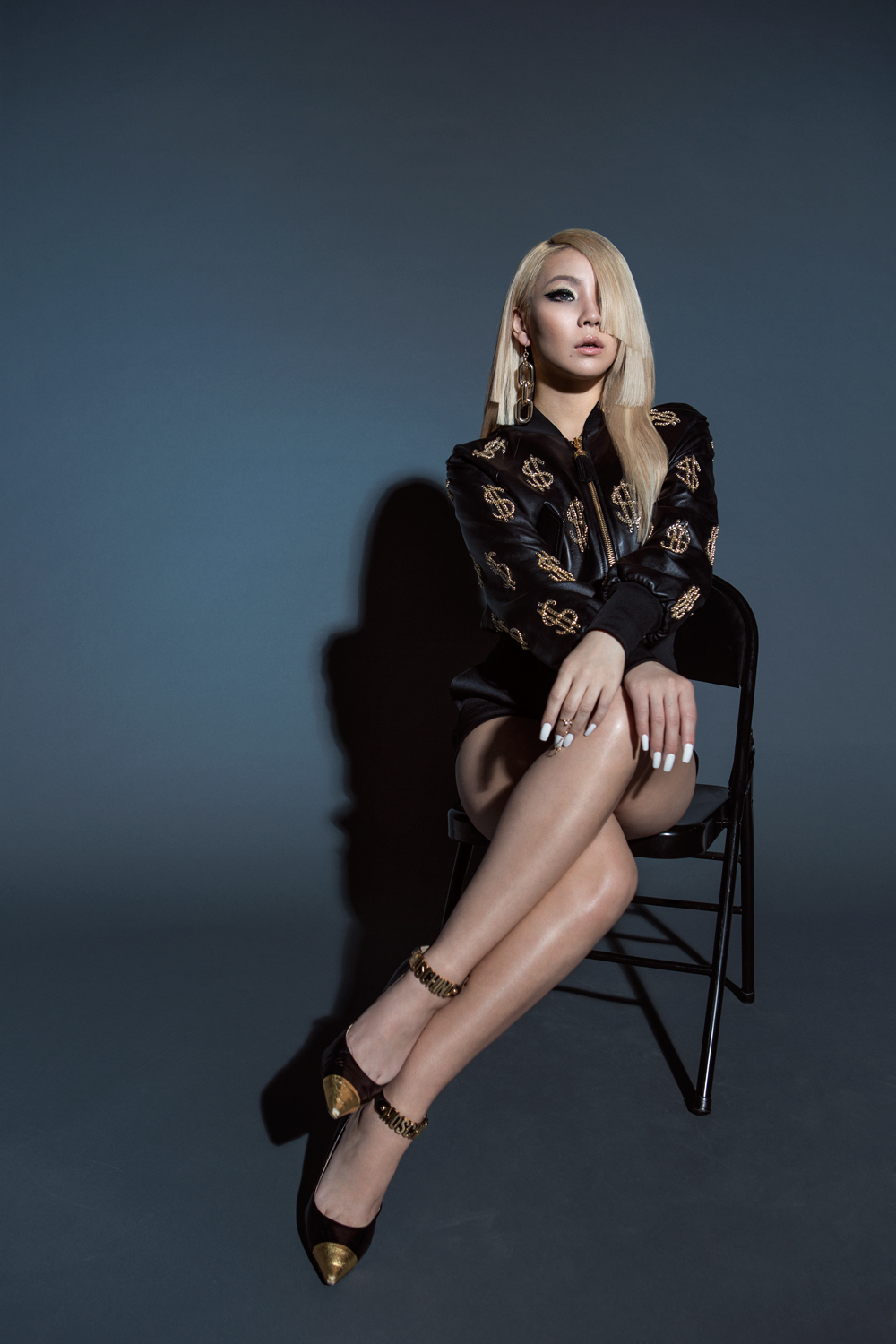 2ne1 Mentioned In Fashion Editorial From American Vogue: CL Is Collabing With Florence And The Machine