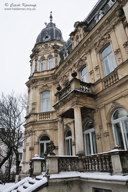 фасад вілли Франц з боку вул.Мельника