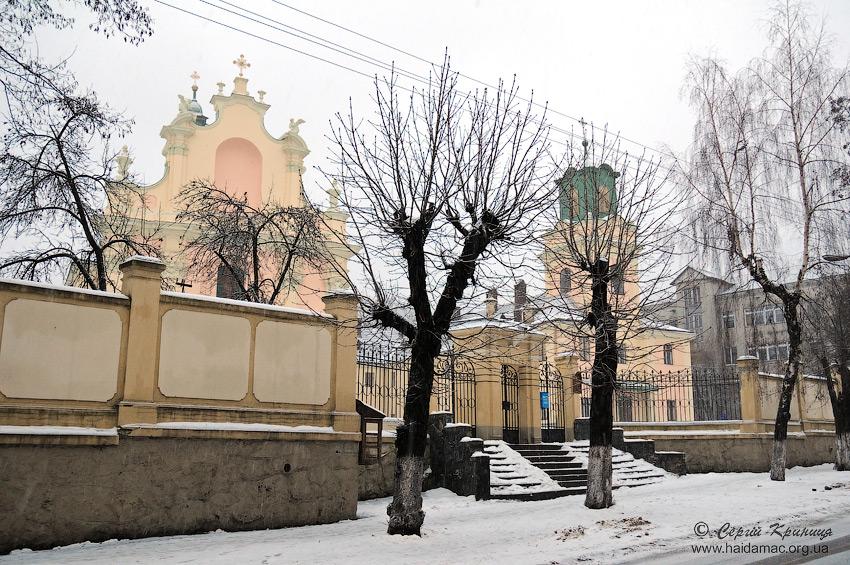 костел з вул.Жовківської