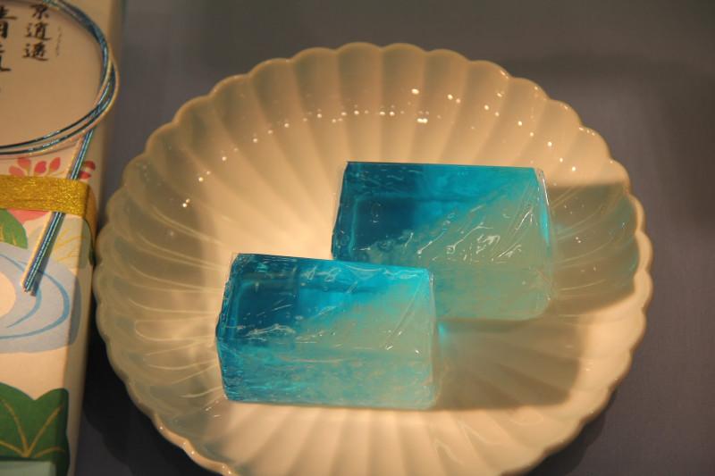 Нежное желе, которое походит на лёд
