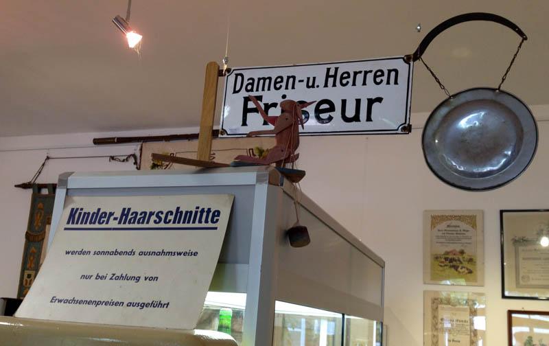 museum_stolzenaudeutschland_friseur_9964