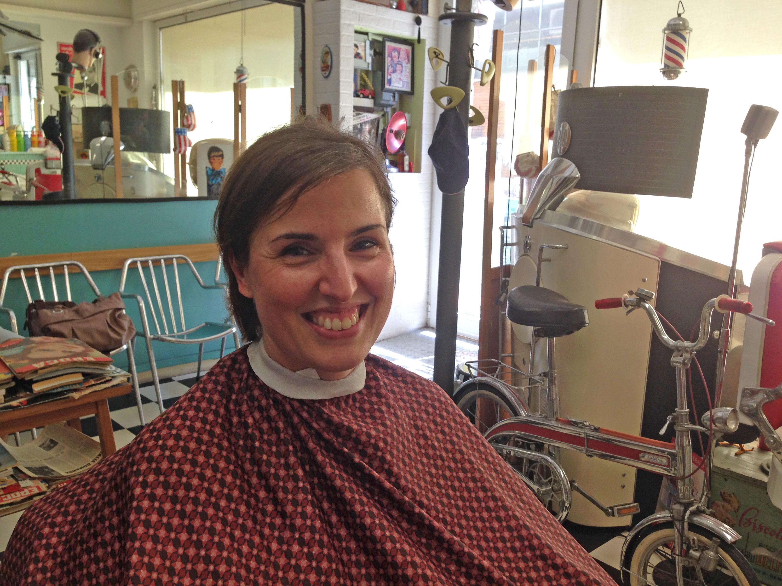 Haircut barbershop ladies in Local Barber
