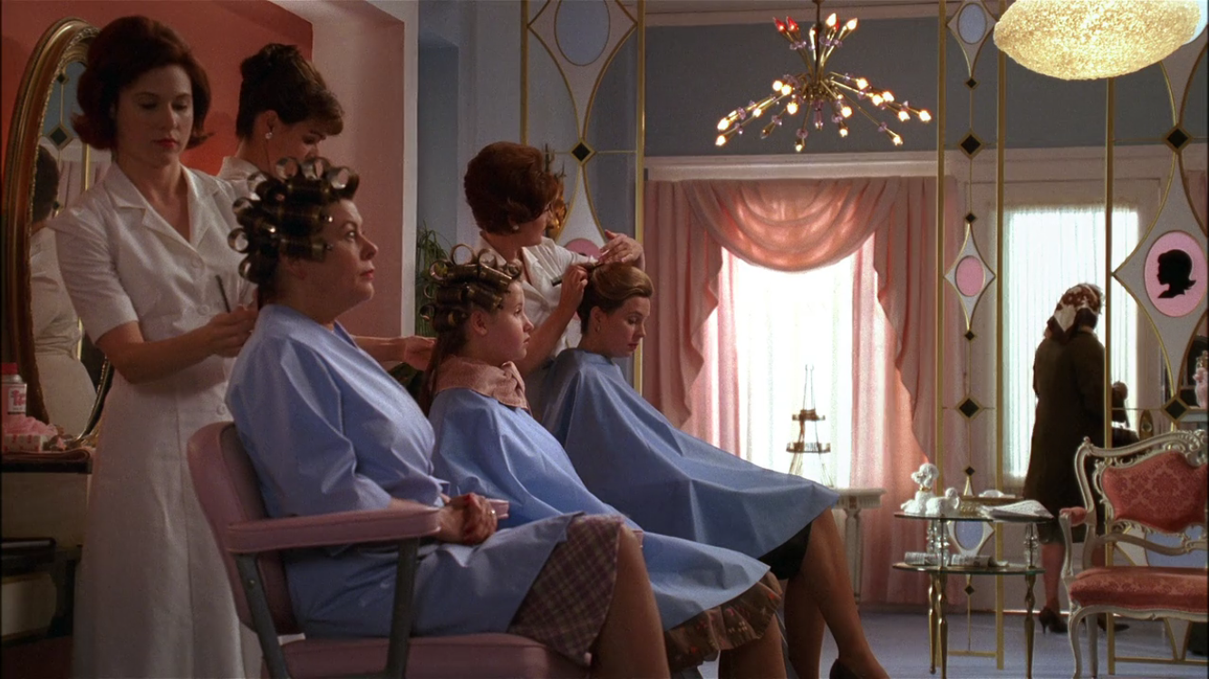 1950 39 s beauty salon scene in mad men episode on netflix