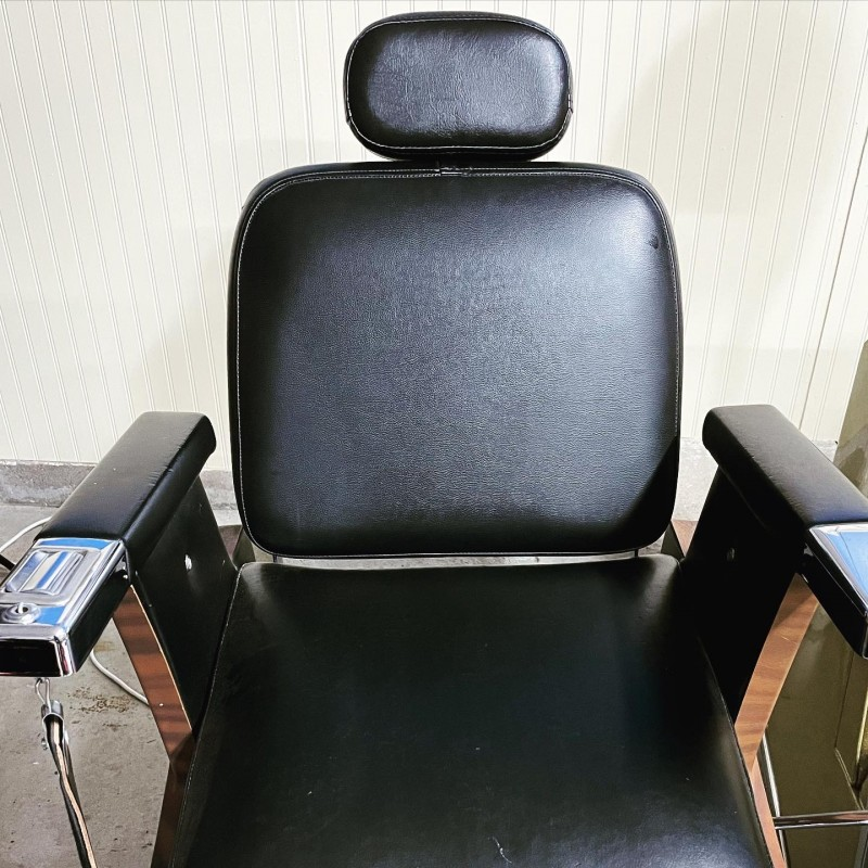 1970s Koken Sir Hydraulic Barber Chair with Paneling Trim with Roosevelt Headrest