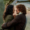 icon-outlander-jamie-claire1.png