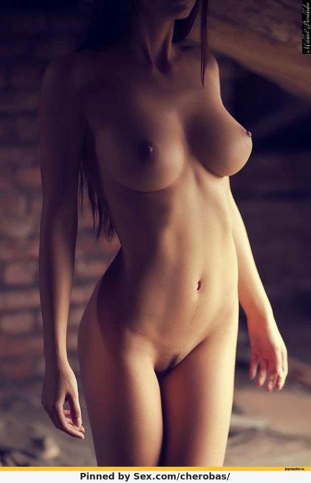 фото голих девушек в контакте