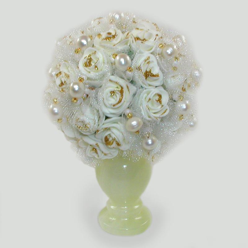 Какие цветы дарят на жемчужную свадьбу