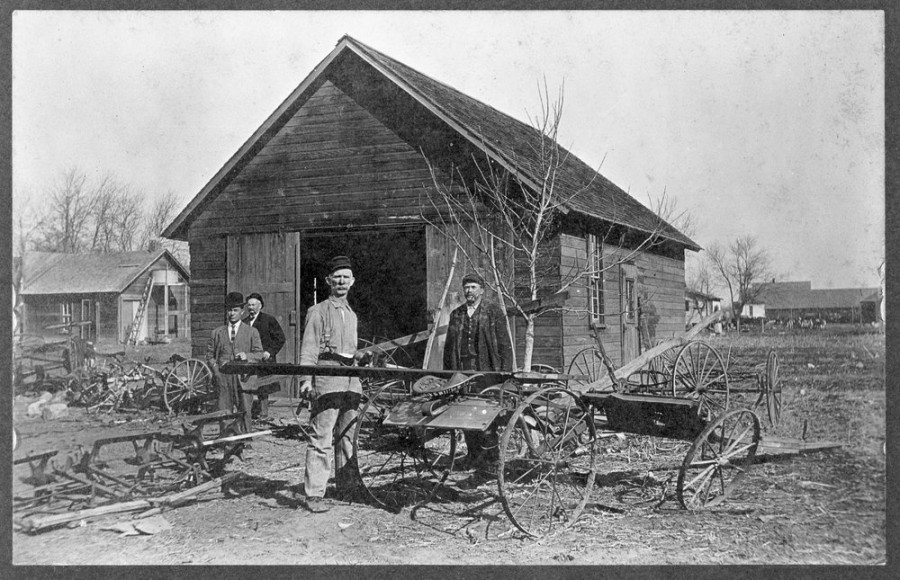 preston seely blog post couch blacksmith shop bentley ks 1910-1915.jpg