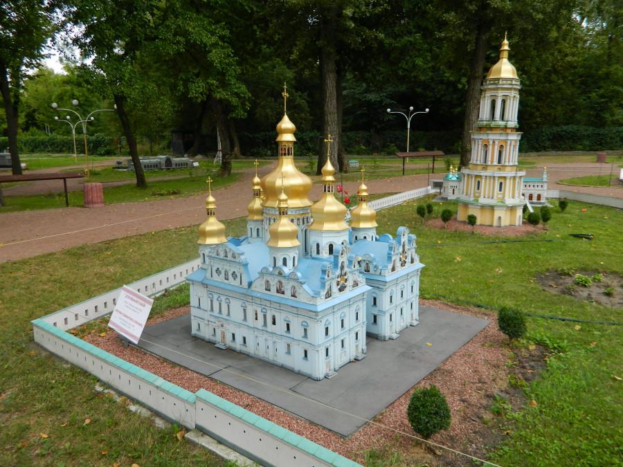 Київ Успенський собор Печерської лаври
