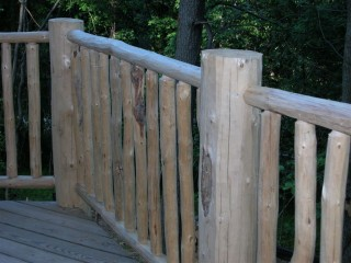 closer view of deck railing