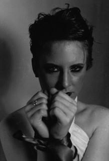 <b>Marie Zielinski</b> - s320x240