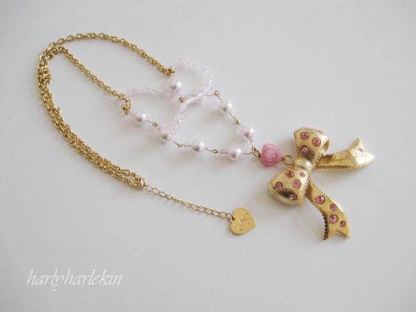necklace_goldribbon_01