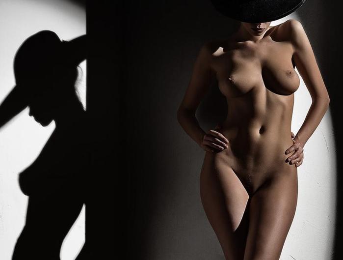 100186224_erotika