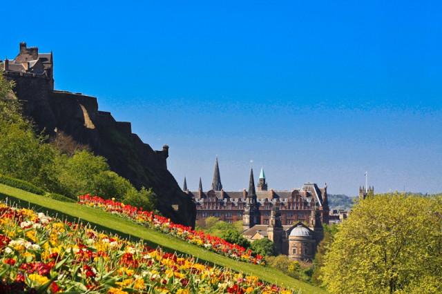 Шотландия: Эдинбург и Инвернесс.