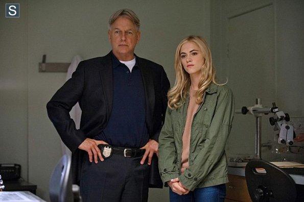 NCIS - Episode 11.19 - Crescent City - Part II - Promotional Photos (2)_595_slogo