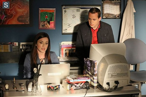 NCIS - Episode 11.20 - Page Not Found - Promotional Photos (1)_595_slogo