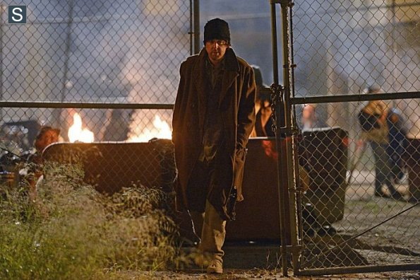 NCIS-Season-11-Episode-22-8_595_slogo