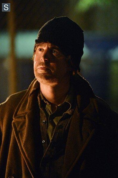 NCIS-Season-11-Episode-22-9_595_slogo