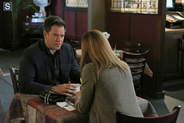 NCIS - Episode 11.23 - The Admiral's Daughter - Promotional Photos (1)_595_slogo