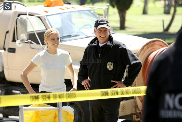 NCIS - Episode 11.23 - The Admiral's Daughter - Promotional Photos (7)_595_slogo