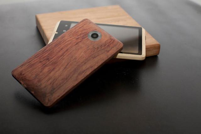 Инновационный телефон ADzero из бамбука.