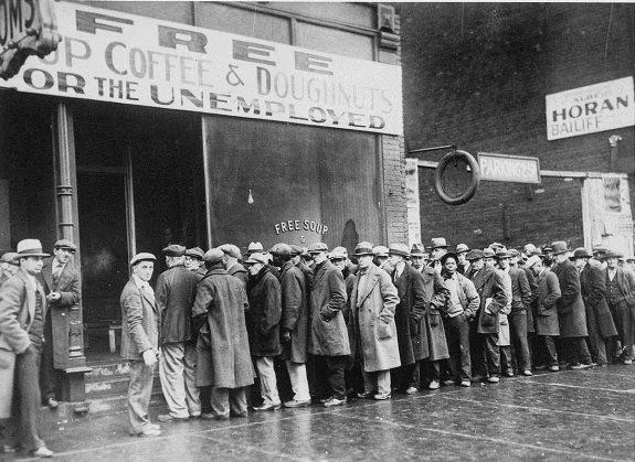 Безработные в очереди за бесплатным супом. Чикаго. Фото: февраль 1931 г.