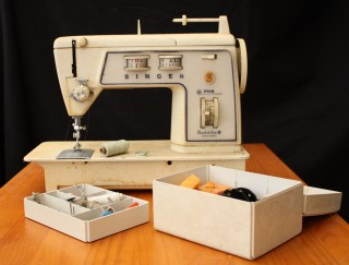 Singer 708 Touch & Sew