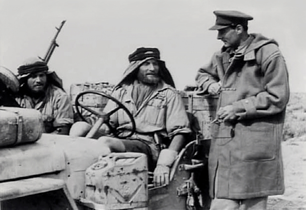 Sir-David-Stirling-founder-of-the-SAS-with-Duffle-Coat-in-the-Desert