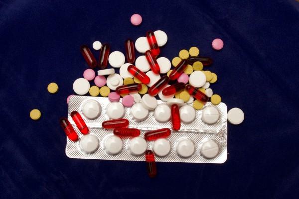 pills-2333023_1920.jpg