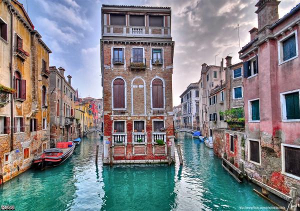 Italy-city-1