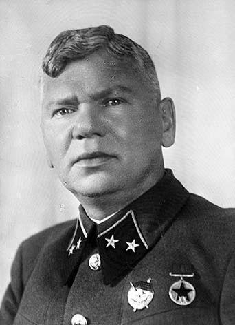 сильное фото генерала гусев в с время комиссия