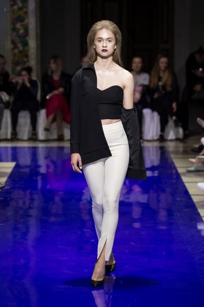 f6e2b5be034 HELLO. IT IS ME дизайнерская женская одежда в центре Москвы ...
