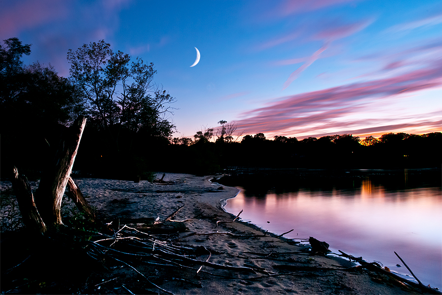 night-at-lake-ronkonkoma