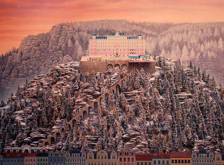 The-Grand-Budapest-Hotel-Wallpaper-12