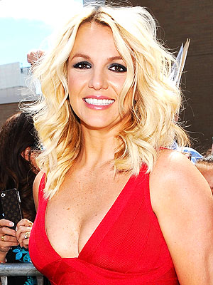 britney-spears-2-300