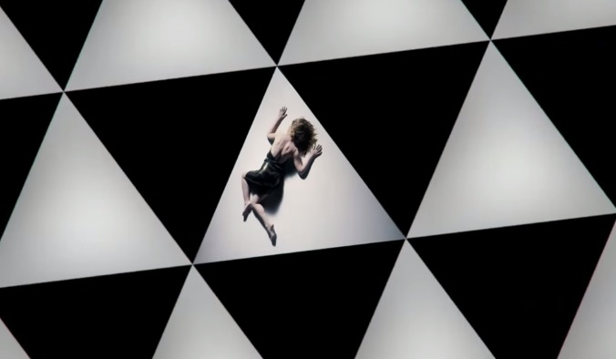 IlluminatiWatcherDotCom-Kylie-Minogue-Duality-triangle