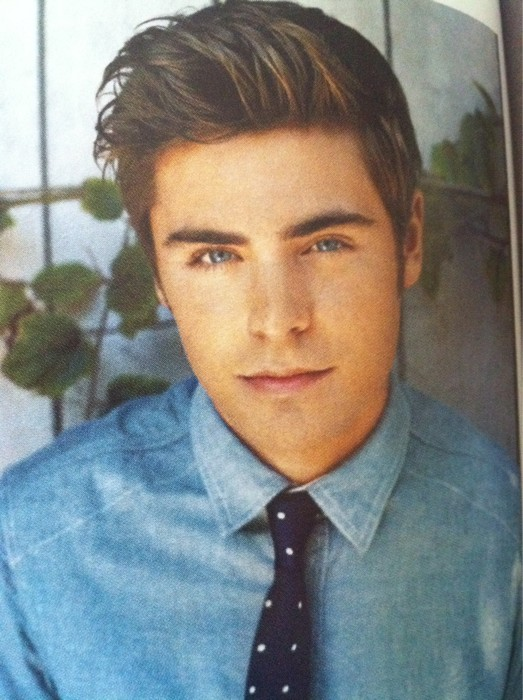 A Couple Pics And Wonderland Mag News Hi My Name Is Zac