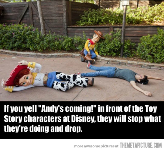 funny-Disney-Toy-Story-pretending-characters