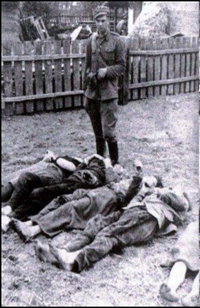 http://ic.pics.livejournal.com/history_ukraine/15778047/12380/12380_900.jpg