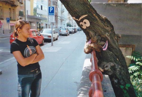 LeaningTreeFace_street_art_november_15